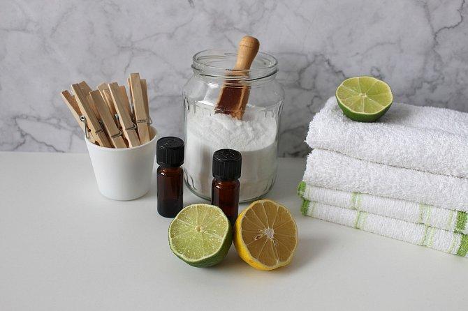 Jedlá soda našla uplatnění v domácí i v péči o tělo.