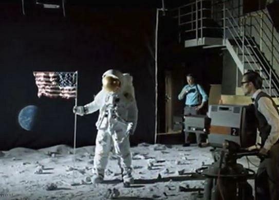 Přistání na měsíci ve filmovém studiu