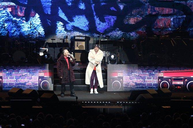 Koncert s Leošem Marešem nalákal spoustu lidí.