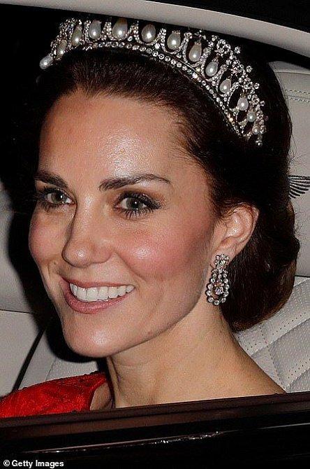Do královské šperkovnice sahá Kate poměrně často.