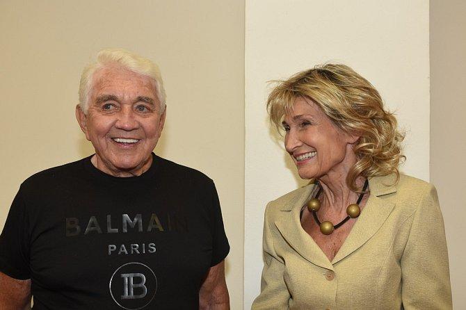 Vdovec tráví v poslední době mnoho času se svou kolegyní Zuzanou Bubílkovou