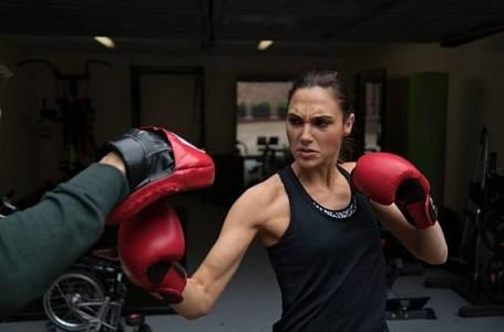 Gal Gadot umí několik bojových umění