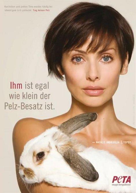 Tito slavní se svlékli pro organizaci PETA - Natalie Imbruglia