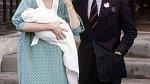 Princezna Diana a princ Charles představili prvorozeného syna Wiliama.