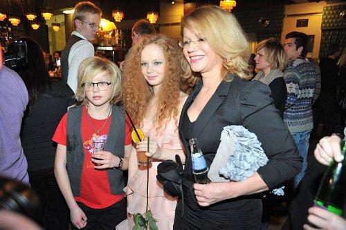 Jitka Asterová s dětmi