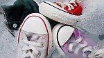 Bílé boty čistěte vždy samostatně.