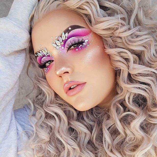 Petra Miettinen je úspěšnou make-up artistkou.