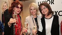 Stáňa Lekešová s kolegyněmi Saskií Burešovou a Marií Tomsovou Janou