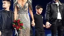 Celine Dion se dlouho vzpamatovávala ze smrti manžela.