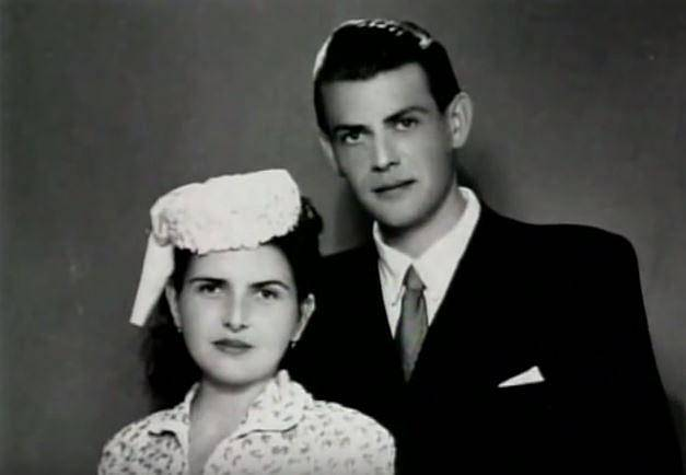 Svatební fotografie rodičů Ivany Zelníčkové pozdějí Trump.