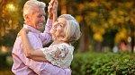 Rubínová svatba přichází po 40 letech. Partnerka si určitě zaslouží krásný šperk v barvě lásky.