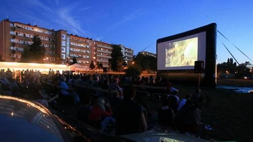 KINOTIP: Kinobus tour 2013 - Program letního promítání pro milovníky českého filmu