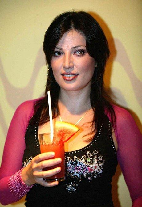 Ivana Christová se často objevuje v médiích díky svým častým a markantním váhových výkyvům.