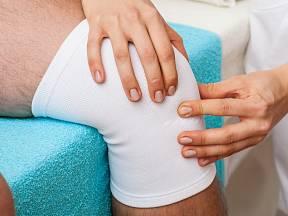 Bolestivé klouby dovedou velmi znepříjemnit život.