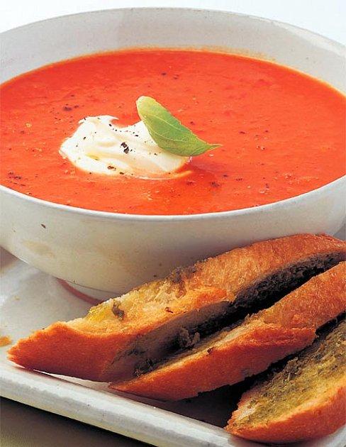 Rajská polévka s paprikami