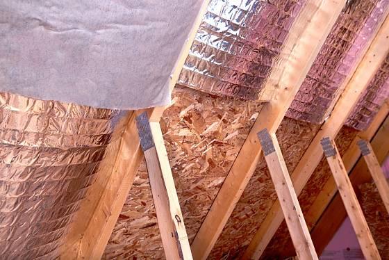 Tepelná izolace přinese do podkroví tepelný komfort.