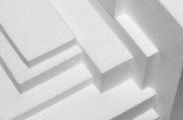 Vyřízneme jednotlivé díly z polystyrenu
