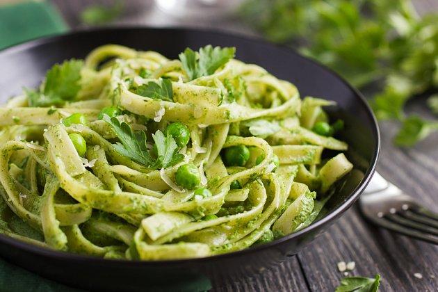Pesto je vynikající k čerstvým těstovinám.