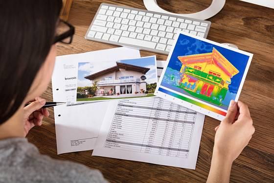 Kontrola domu termokamerou pomůže s plánováním stavebních úprav