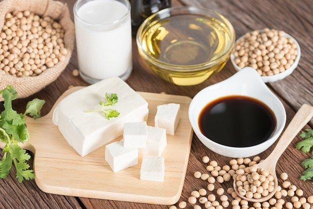 Ze sójových bobů se vyrábí i další potraviny