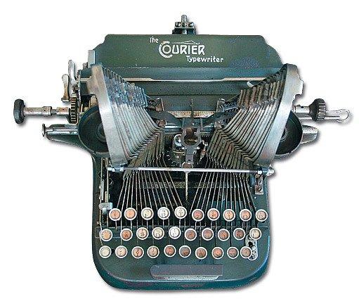 psací stroj Courier vyrobený v roce 1916  - přezdívaný sekačka