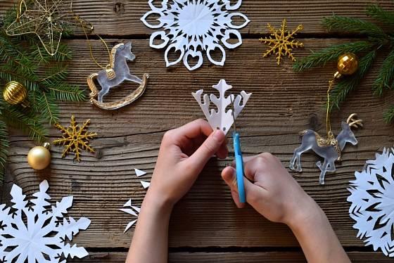 Vystřihnete požadovaný ornament