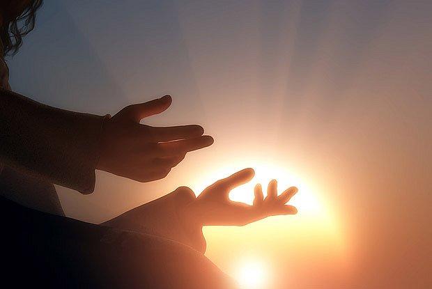 Antika uctívala různá božstva, mimo jiné i boha Slunce