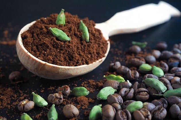 Káva s kardamomem má blahodárné účinky