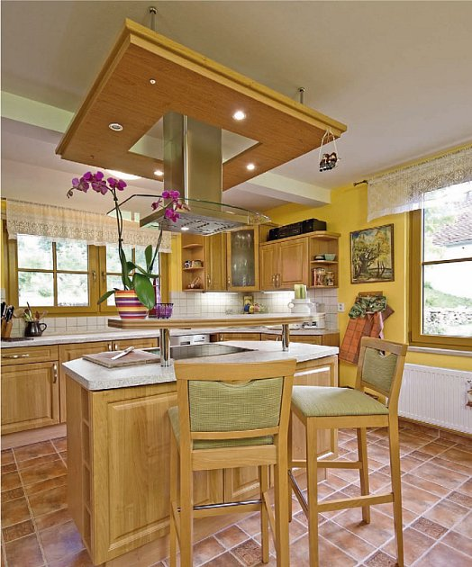 Kuchyně byla dodána na míru.