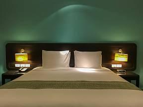 Ložnice je tradičním místem pro stmívače.