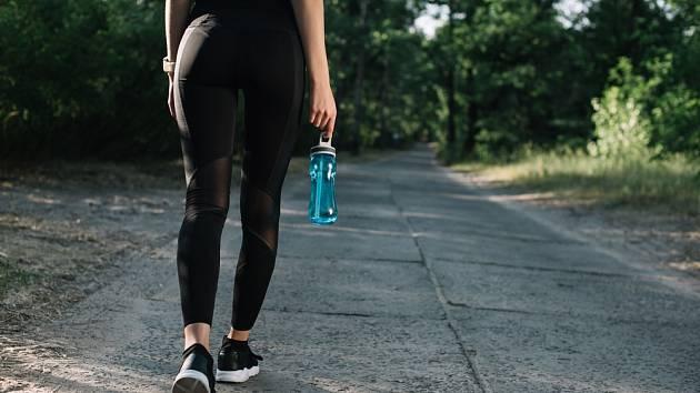 Chůze je velmi zdravý pohyb, který může bez obav vykonávat naprostá většina z nás