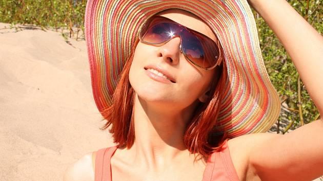 Sluneční paprsky mohou být lék i pohroma.