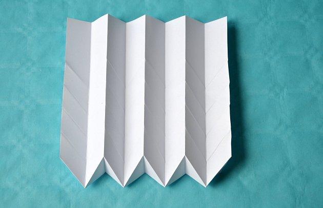 výroba stínítka technikou origami