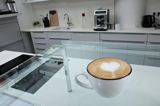 A můžeme podávat valentýnskou kávu.