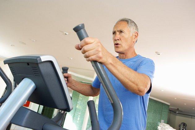 Pravidelně bychom se měli věnovat vhodně zvoleným sportovním aktivitám.