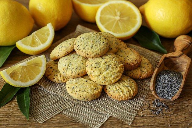 Citronové sušenky jsou výborné k černému čaji.