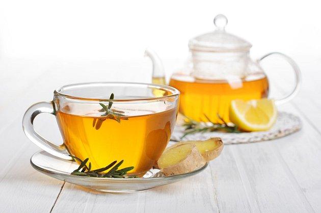 Zázvorový čaj s rozmarýnem