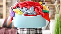 Špinavé prádlo se doma kupí každý den