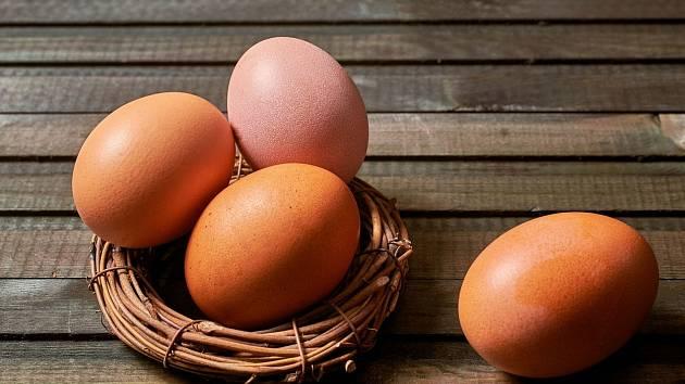 Jak uvařit míchané vejce bez toho, aniž byste museli rozklepávat skořápku