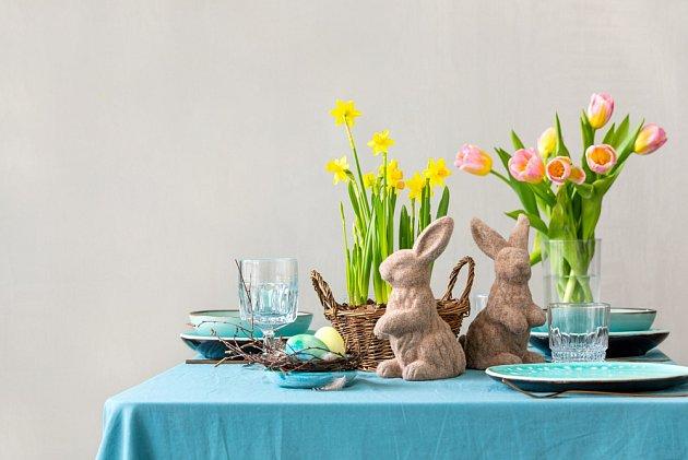 Bez květin by nebyla slavnostní tabule úplná.
