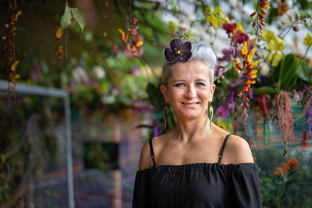 Klára Franc Vavříková, floristka, která již podruhé navrhla aranžmá výstavy orchidejí v pražské Fata morganě.