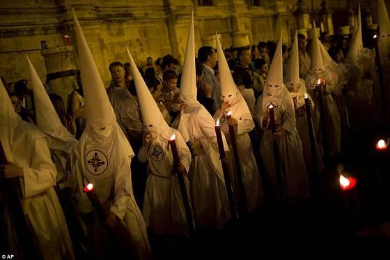Velikonoční oslavy ve Španělsku