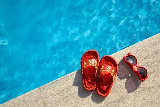 Samozřejmostí by měla být kvalitní voda v bazénu.