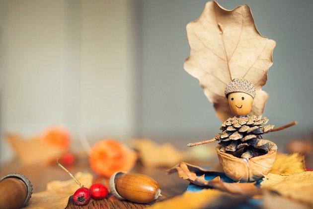 Podzimní skřítek z přírodnin