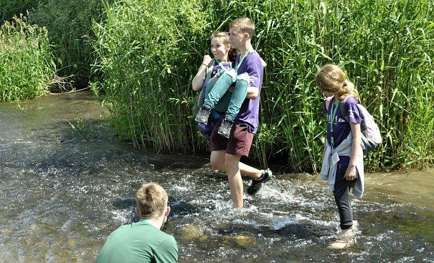 I letos čekají na zúčastněné týmy aktivity u vody.