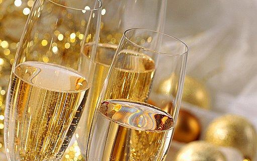 sklenice šampaňského