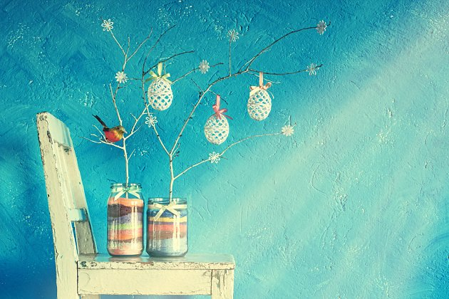 barevná velikonoční dekorace