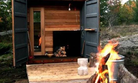 Sauna vyrobená z přepravního boxu odvezeného z přístavu už vyžaduje pořádnou zručnost.