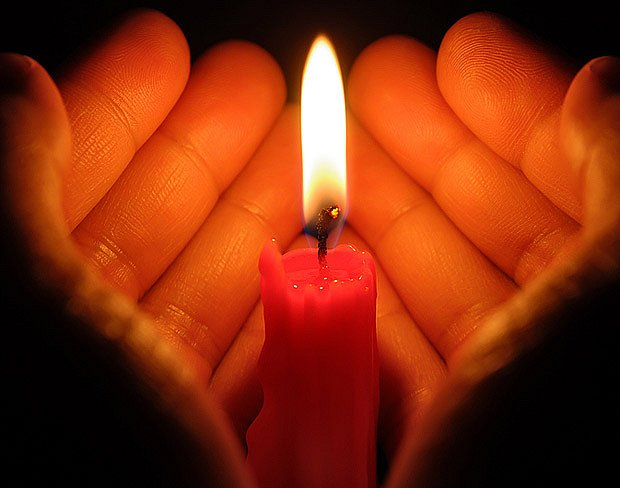 Vánoční tradice nazývaná Betlémské světlo