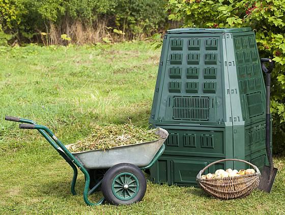 Kompostér musí být opatřen větracími otvory